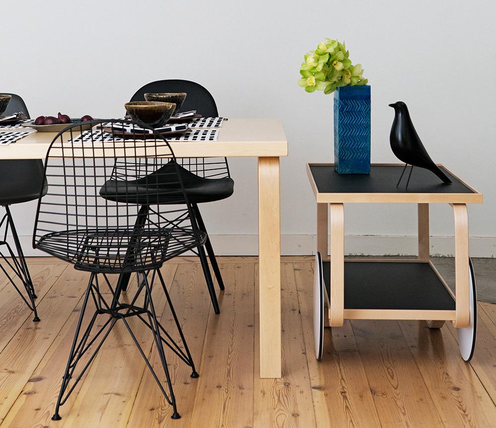 Furniture tea trolley alvar aalto artek for Alvar aalto chaise